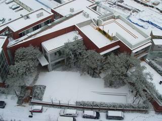 ISON ARCHITECTS Moderne Schulen