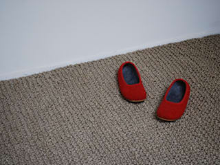 knitted sisal rug:  in stile  di raffaella brunzin handmade