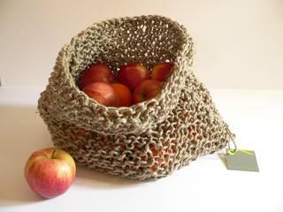 knitted sisal basket:  in stile  di raffaella brunzin handmade