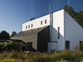 Ansicht von Norden: moderne Häuser von .rott .schirmer .partner
