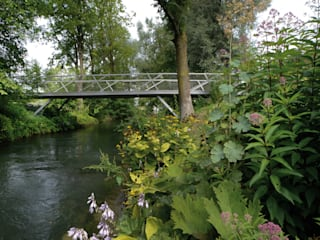 Mangfallpark Brücke Hammerbach:  Garten von A24 Landschaft Landschaftsarchitektur GmbH
