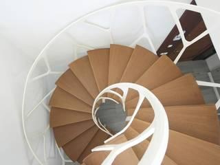 Konu Merdiven Прихожая, коридор и лестницыЛестницы