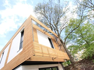 Volume et Lumière: Maisons de style  par agence d'architecture FX Sourimant