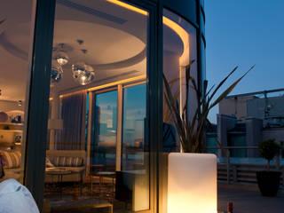 W Hotel Residence Terrace :  Terrace by Macspec