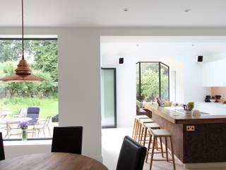 Wanstead Village Kitchen: modern Kitchen by Phillips Design Studio