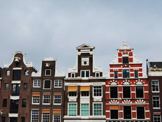 Amsterdam Nhà phong cách kinh điển bởi Sara Sebastião Kinh điển