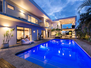 Pool Alfresco Industrial style houses by D-Max Photography Industrial