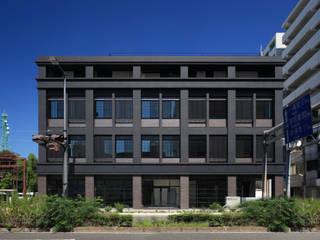 堀端テラス: Y.Architectural Designが手掛けた家です。