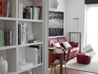 ห้องโถงทางเดินและบันไดสมัยใหม่ โดย gk architetti (Carlo Andrea Gorelli+Keiko Kondo) โมเดิร์น