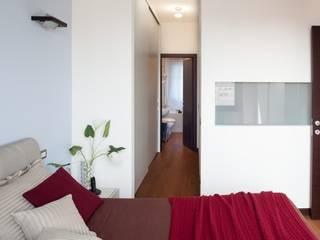모던스타일 침실 by gk architetti (Carlo Andrea Gorelli+Keiko Kondo) 모던