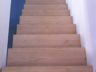 Escalier:  de style  par Atelier Tresan