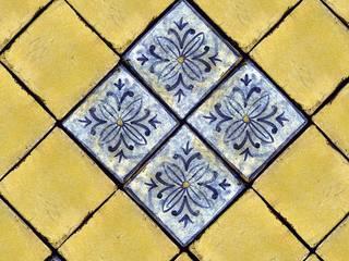 pavimento/rivestimento 15x15: Bagno in stile in stile Rustico di surrena terracotta falisca srl