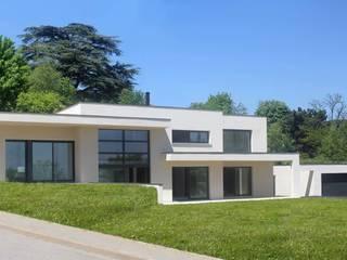 Maison à St Didier au Mont d'Or: Maisons de style de style Moderne par ak architectes
