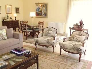 Moradia - Restelo, Lisboa: Salas de estar  por Traço Magenta - Design de Interiores
