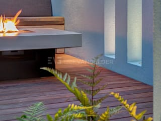 Garden by ERIK VAN GELDER | Devoted to Garden Design, Minimalist