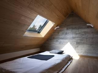 1동 다락방 모던스타일 침실 by ARCHITECT GROUP CAAN 모던