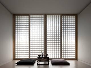 침실 목재 창호: ARCHITECT GROUP CAAN의  창문,모던