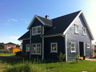 Norwegisches Holzhaus Typ Bjarne :  Häuser von Akost GmbH  'Ihr Traumhaus aus Norwegen'