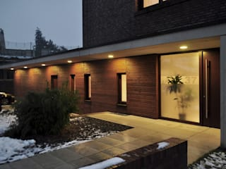 Modern houses by Lecke Architekten Modern