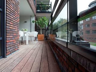 Balcon, Veranda & Terrasse modernes par BVO Vloeren Moderne