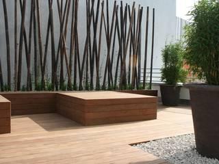 Dachterrassengestaltung München: moderner Garten von Blumen & Gärten