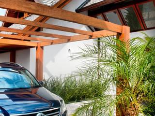 ArchDesign STUDIO Garage/Rimessa in stile rustico