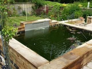 Oak pond in St georges hill Weybridge by Aquajoy water gardens ltd