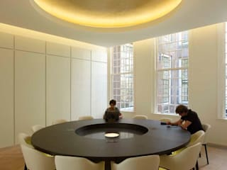 PUUR interieurarchitecten Modern schools