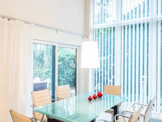 Столовая комната в стиле модерн от Karl Kaffenberger Architektur | Einrichtung Модерн