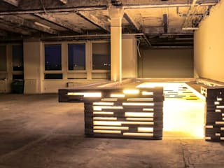 L17 Modular architecture for semi permanent art/event space:  Geschäftsräume & Stores von SEREIN Konzeptkunst & Mikroarchitektur