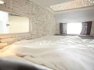 Kleine Schwester Caravan Hotel Berlin Moderne Hotels von SEREIN Konzeptkunst & Mikroarchitektur Modern