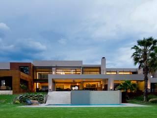 Nico Van Der Meulen Architects 의  주택