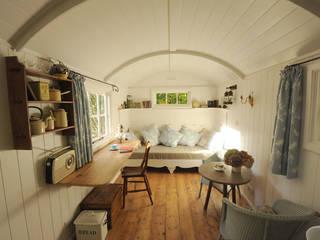 Garden room by Roundhill Shepherd Huts
