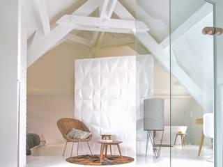 ST MAUR TOWNHOUSE : Chambre de style  par Kalb Lempereur
