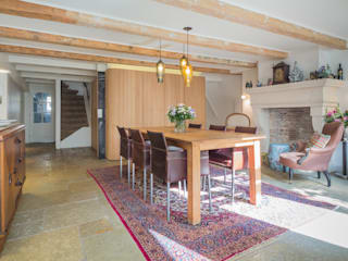 CUBE architecten Eclectic style dining room