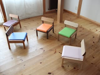 chair , bench , sofa trusty wood works 子供部屋机&椅子