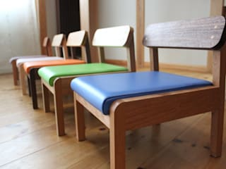 trusty wood works Nursery/kid's roomDesks & chairs