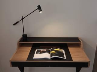 Appartement Bruxelles: Bureau de style  par pure joy interior design