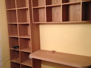 white oak build-in book shelves & desk woodstylelondon Study/officeCupboards & shelving