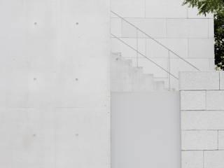 Concrete works studio SMIN : SMIN의 현대 ,모던