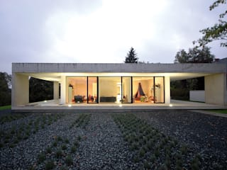 Maisons minimalistes par Osterwold°Schmidt EXP!ANDER Architekten Minimaliste