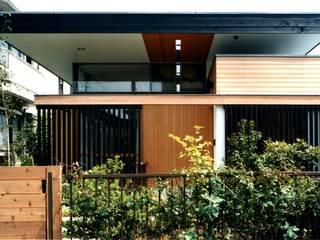 有限会社加々美明建築設計室 Casas de estilo ecléctico