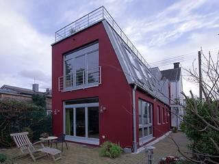 Modern houses by Architekturbüro Buhrdorf Modern