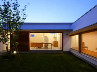 中庭 北欧風 庭 の 松原建築計画 / Matsubara Architect Design Office 北欧