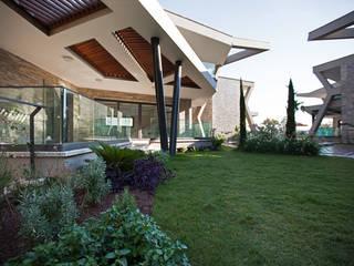 Studio BEMS – RETRON BODRUM PEYZAJ PROJESİ: modern tarz Bahçe