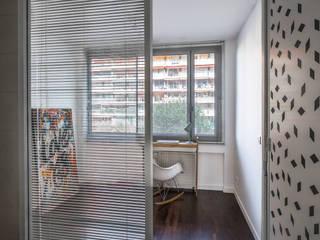 Dormitorios minimalistas de AP ARCHITECTES Minimalista