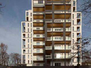 Fassade nach Umbau:   von Maske + Suhren Gesellschaft von Architekten mbh