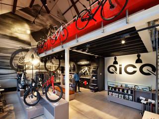 QicQ Amsterdam:  Winkelruimten door Laura Weeber Architect