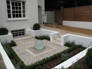 Front Garden water feature: modern Garden by Cherry Mills Garden Design
