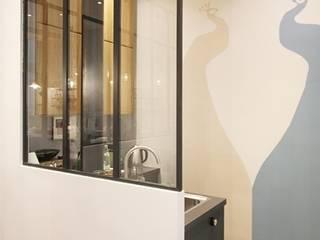 Dossier papier peint : Locaux commerciaux & Magasins de style  par Camille Hermand Architectures